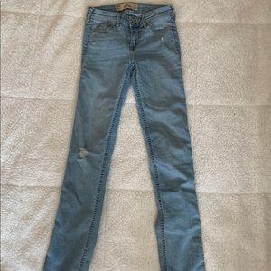 Hollister girls skinny jean 00R W23 L32